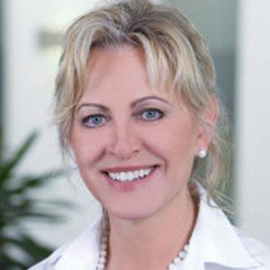 DR. MARIA MAI